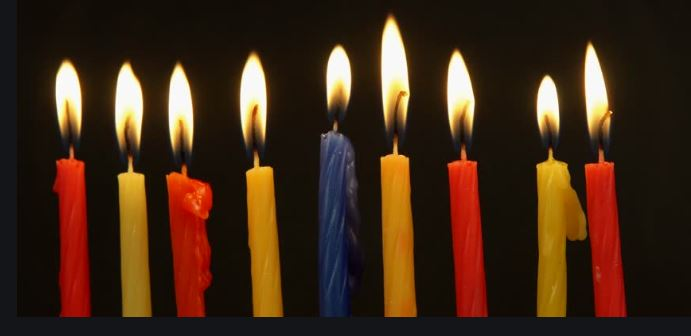 Chanukah candles now available, $4 per pack